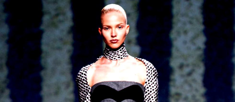 Mode à Paris Haute Couture Fall/Winter coutoure