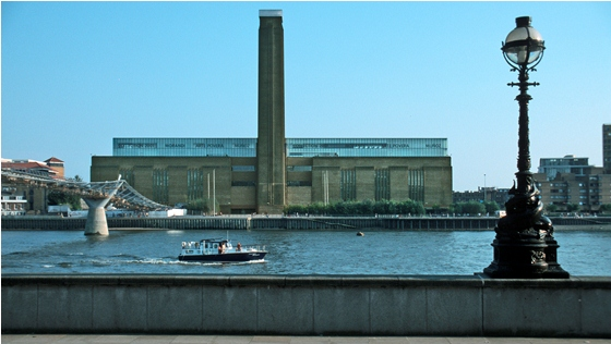 TateModern_1  TOP 10 Museums in London TateModern 1
