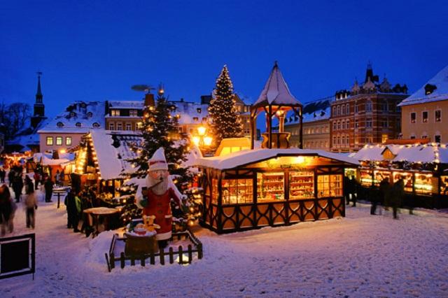 mydesignweek_antwerp_christmas  10 Most Festive Christmas Cities mydesignweek antwerp christmas