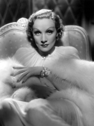 mydesignweek_desire-marlene-dietrich-1936_  Hollywood Fashion Inspirational Icons mydesignweek desire marlene dietrich 1936