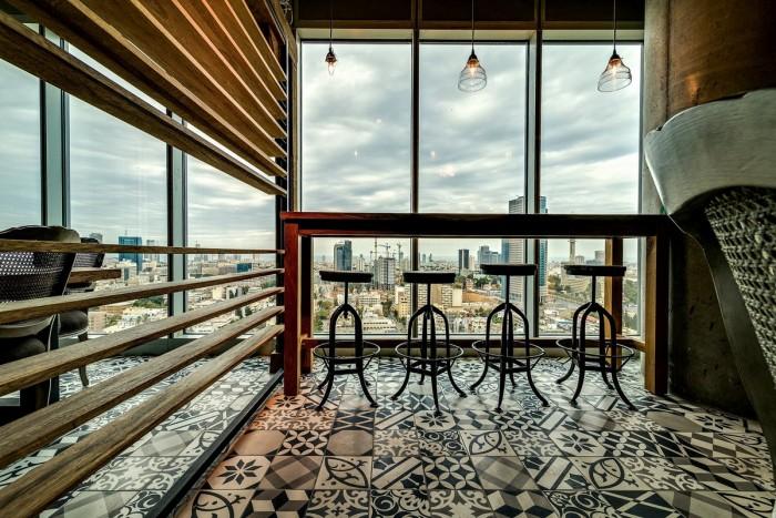 Inside the Google Office in Tel Aviv  Inside the Google Office in Tel Aviv Google Office Tel Aviv meeting3