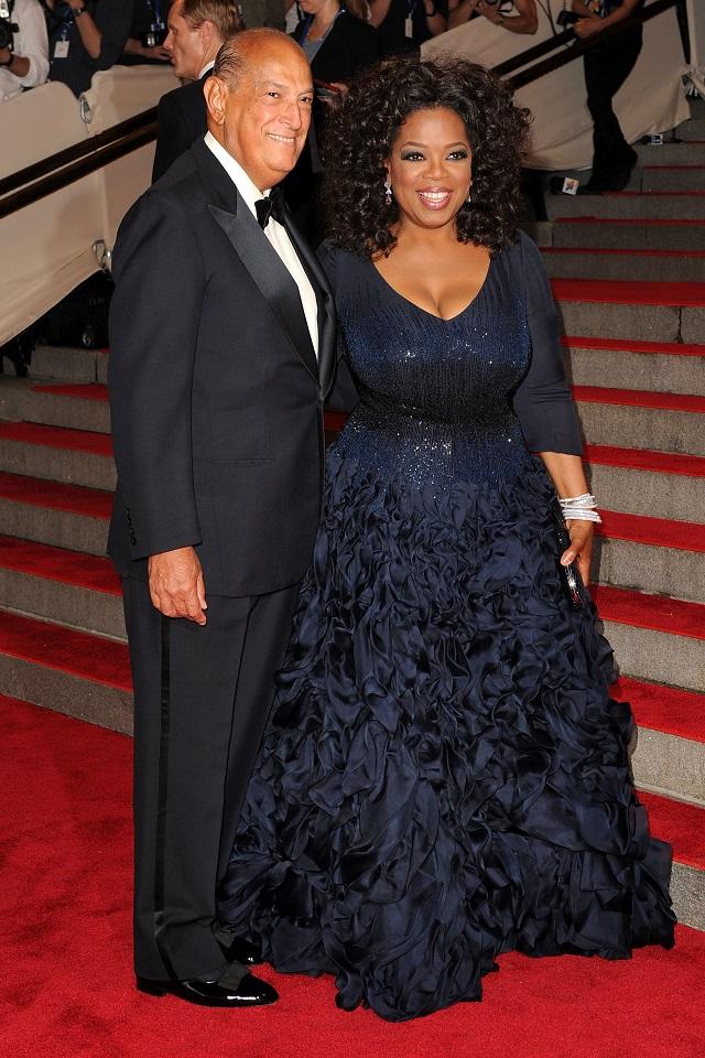 Oscar de la Renta and Oprah Winfrey  Fashion Designer Oscar de La Renta dies at 82 Fashion designer Oscar De La Renta oprah winfrey