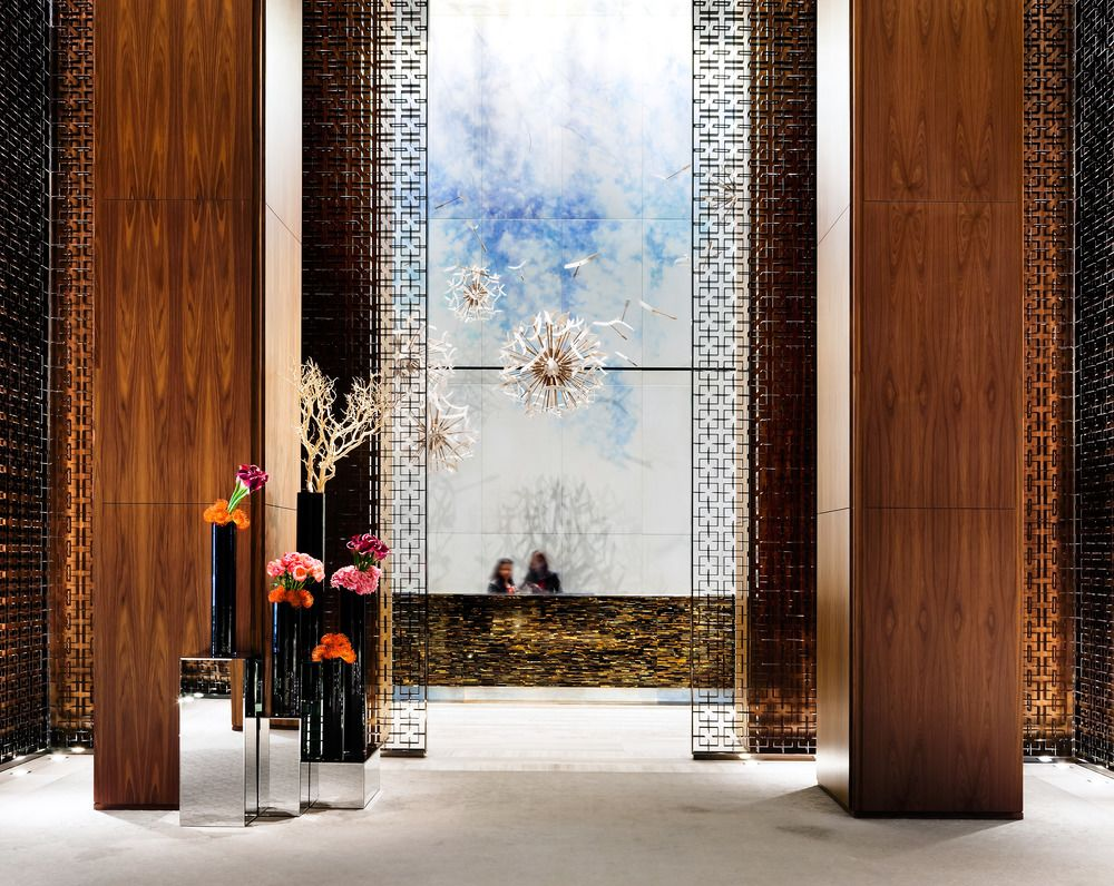7 Luxury Hotel Lobbies That You Need To See