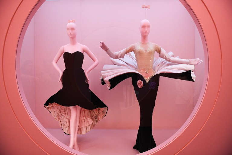 met costume institute exhibition Step Inside Met Costume Institute Exhibition 2019 Step Inside Met Costume Institute Exhibition 2019 5
