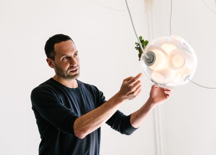 omer arbel Get To Know Omer Arbel, A Designer, Sculptor & Overall Artistic Genius Get To Know Omer Arbel A Designer Sculptor Overall Artistic Genius 3 740x534