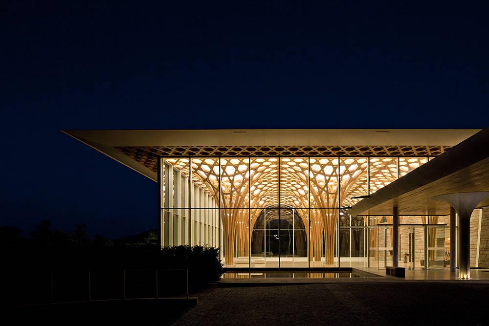 shigeru ban Celebrate Design With Shigeru Ban, An Amazing Japanese Architect Celebrate Design With Shigeru Ban An Amazing Japanese Architect 11